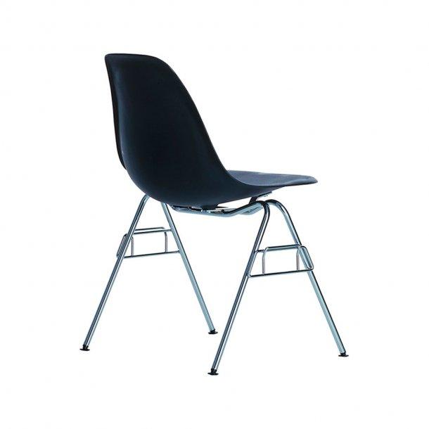 Vitra - Eames Plastic Side Chair DSS-N   Forkromet