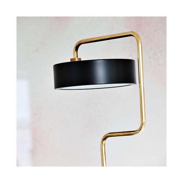 Made by Hand Petite Machine | Floor lamp 01