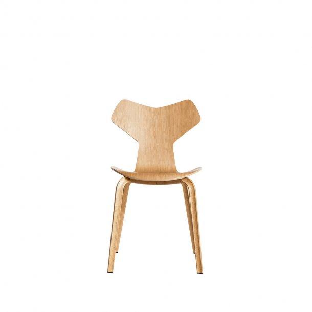 Fritz Hansen - GRAND PRIX™ stol 4130 | Klar lak, træben