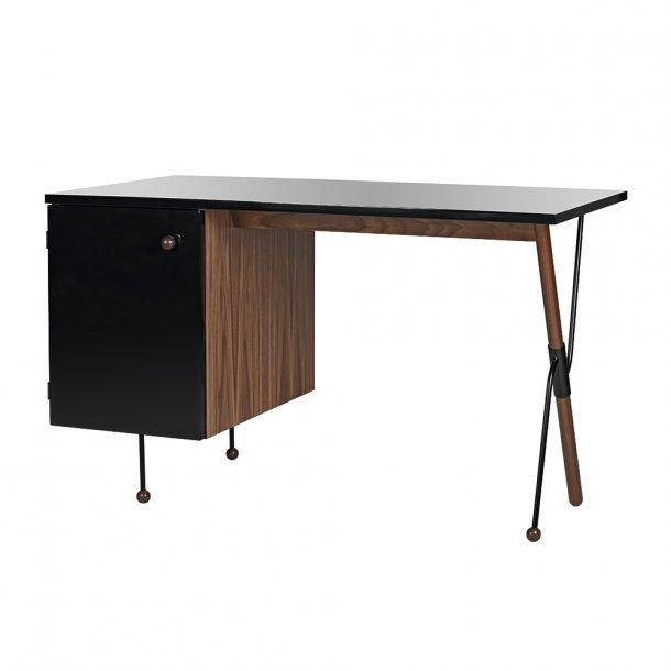 Gubi - 62 Desk - Skrivebord