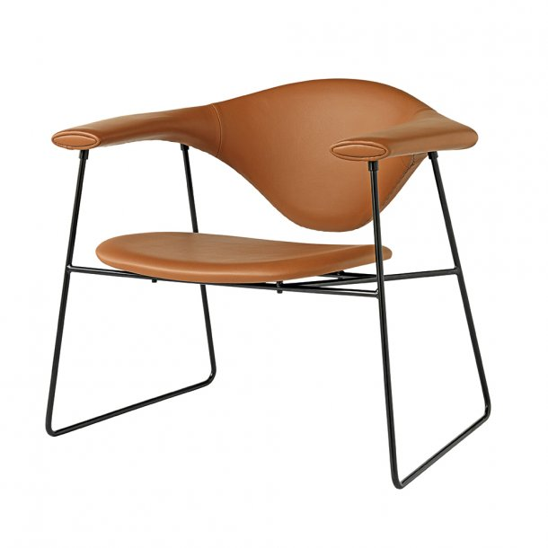 Gubi - Masculo Lounge Chair - Sledge Base
