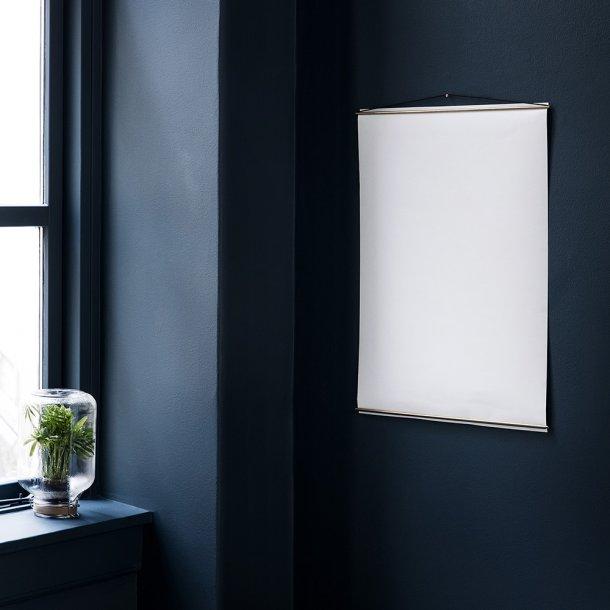 Moebe - Poster Hanger | Messing