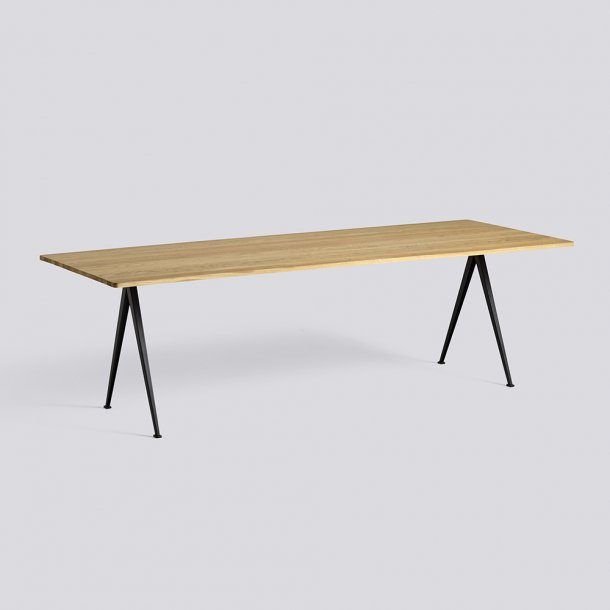 HAY - Pyramid Table 02 | L250