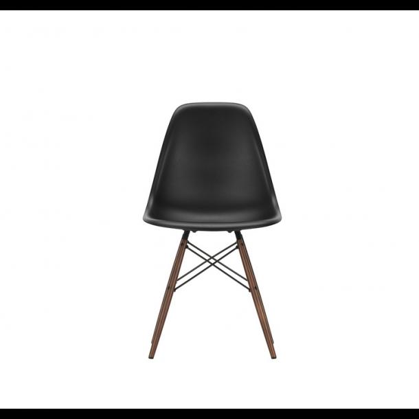 Vitra - Eames Plastic Chair DSW - Mørkbejdset - stol