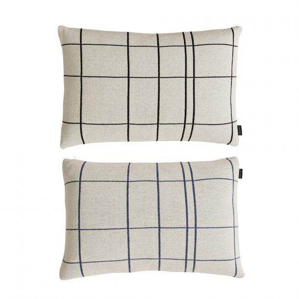 OYOY - Square Cushion White/black