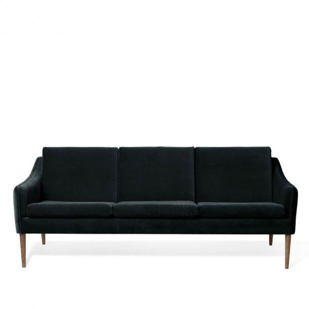 WARM NORDIC - Mr. Olsen 3-seters sofa - Røkt eik / Velur polstret