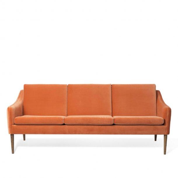 WARM NORDIC - Mr. Olsen 3. pers. sofa | Tekstil, røget eg