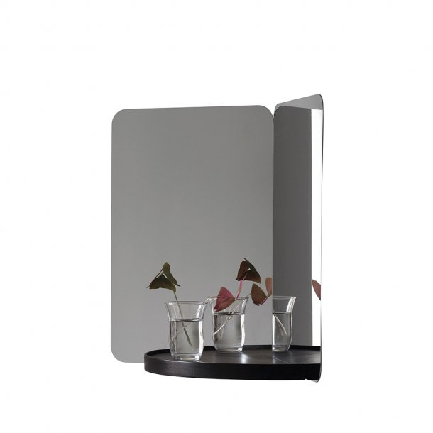 Artek - 124° Mirror Medium | Tray
