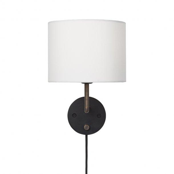 Gubi - Gravity Wall Lamp | Small
