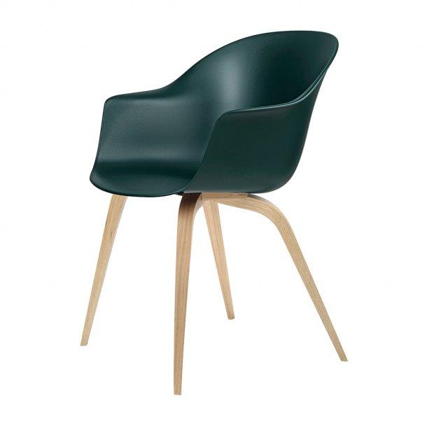 Gubi - Bat Dining Chair   Un-Upholstered   Wood, Oak Semi Matt Lacquered Base