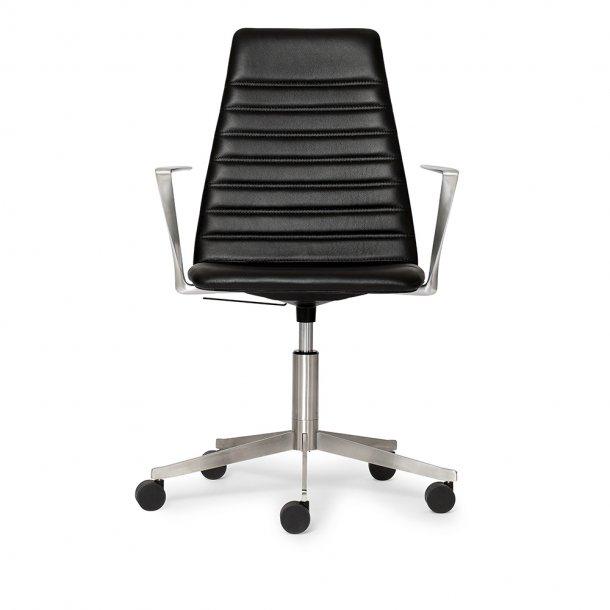 Paustian - Spinal Chair 44, 5-star Base Chrome w. Castors, High back   Chanel stitching, Læder, Arm.