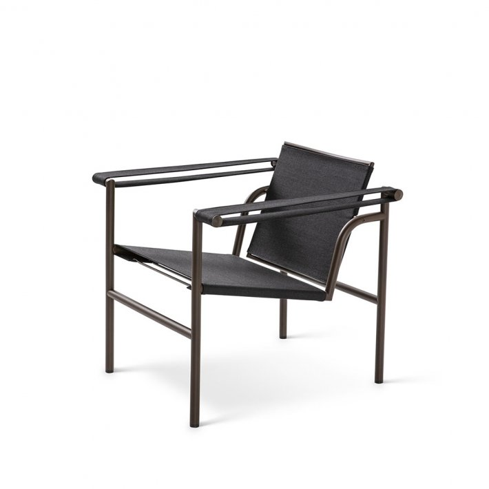 Cassina - LC1 Outdoor Armchair | Brunt stel