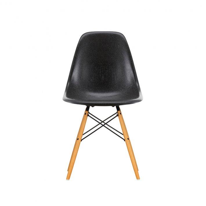 Vitra - Eames Fiberglass Side Chair DSW | Lyst ahorn