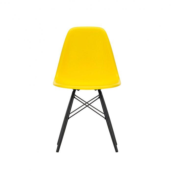 Vitra - Eames Plastic Side Chair DSW | Sortlakeret ahorn