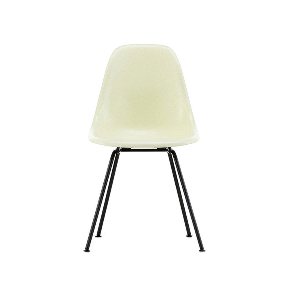 Vitra Eames Fiberglass Side Chair DSX | Pulverlakeret