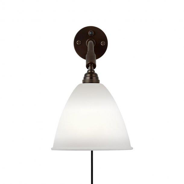 Gubi - Bestlite BL7 væglampe | Sort messing